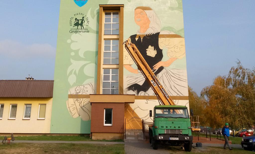 mural na bloku mieszkalnym
