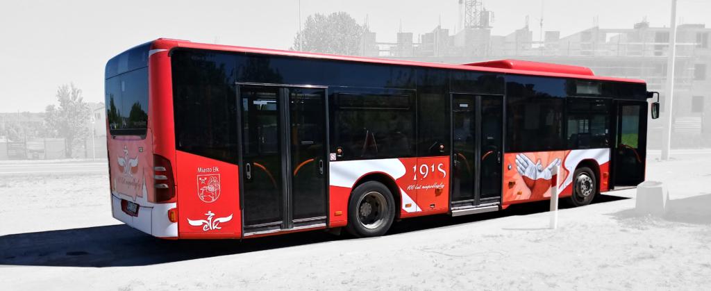 projekt grafiki na autobus, niepodległa, 100 lat, patriotyczny autobus, Ełk